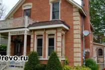 Что лучше и дешевле для строительства - сруб или кирпичный дом