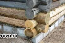 Практика замены нижнего венца сруба в старом доме