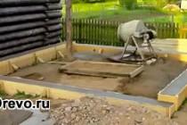 Какой тип фундамента выбрать под деревянный дом из сруба