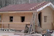 Чем привлекательно строительство домов из двойного бруса