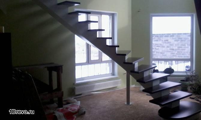 Преимущества металлической лестницы