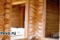 Как поставить дверь в бревенчатом доме с обсадой