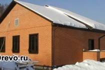 Технология обкладки бревенчатого дома кирпичом