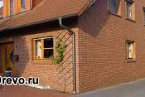 Технология облицовки деревянного дома кирпичом