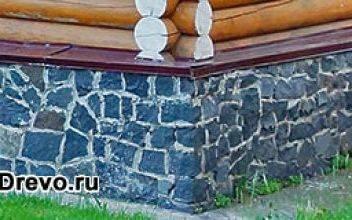 Декоративная отделка цоколя деревянного дома