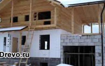 Строительство комбинированных домов из кирпича и дерева