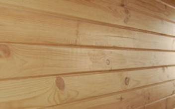 Выравнивание стен в деревянном доме из бруса