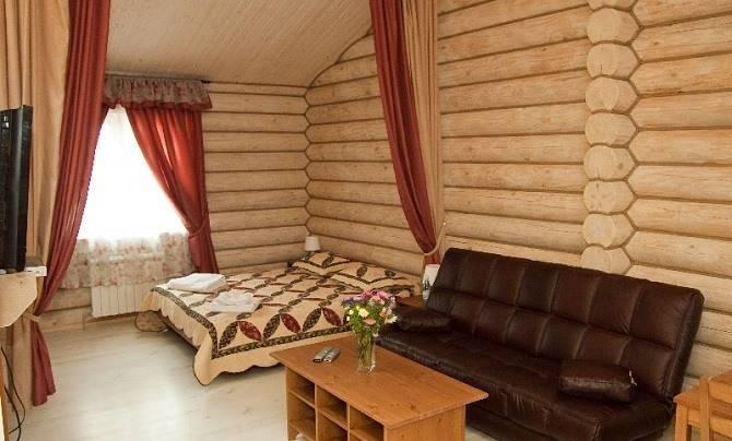 Гостевая комната в мансардном помещении бани