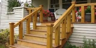 Каркасное деревянное крыльцо