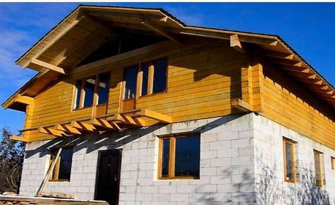 Комбинированный дом из бруса и газобетона