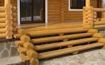 Устройство крыльца в деревянном доме из брёвен