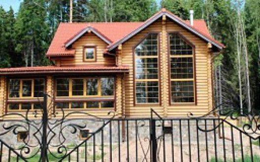 Кто строит дома из оцилиндрованного бревна в Рязани