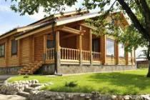 Дома и бани из оцилиндрованного бревна по финской технологии