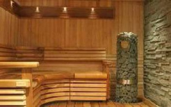Интерьер бани из оцилиндрованного бревна: ошибки обустройства