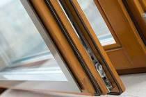 Дерево-алюминиевые окна для установки в деревянном доме