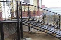 Металлические сварные лестницы для дома и дачи