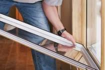 Монтаж пластиковых окон в деревянном доме из бруса