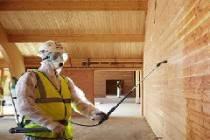 Особенности обработки брусового дома защитными составами