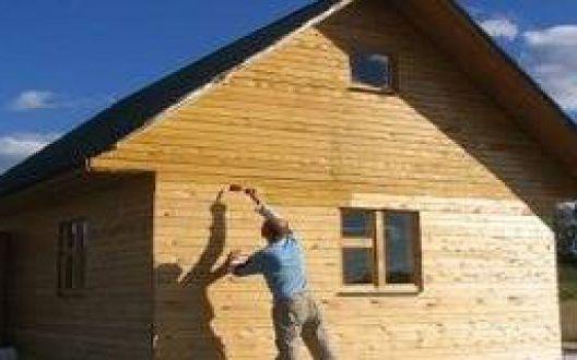 Чем обрабатывать стены брусового дома на этапе строительства