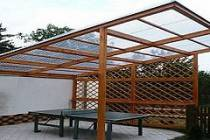 Односкатный навес из поликарбоната - особенности конструкции