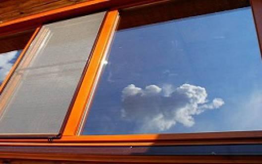 Пластиковые окна в доме из оцилиндровки: проблемы установки