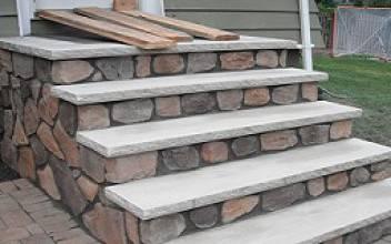 Как отремонтировать крыльцо дома: деревянное или бетонное