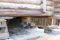 Как поднять пристройку домкратом: ремонт фундамента под пристроем