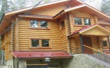 Загородные коттеджи и дачные домики из оцилиндрованного бруса для проживания и дачного отдыха