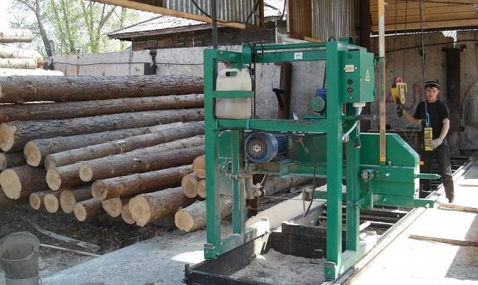 Производство оцилиндрованного бревна на Алтае
