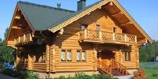 Срубы домов в Череповце