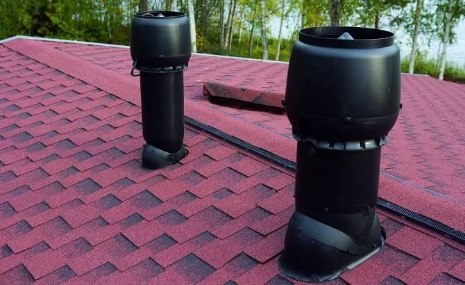 Выход вентиляции канализационных труб