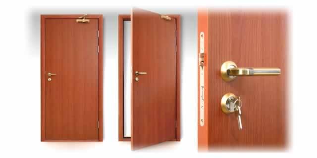 размещение замков на дверях